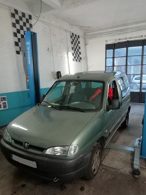 Remplacement kit de frein arrière - Peugeot Partner
