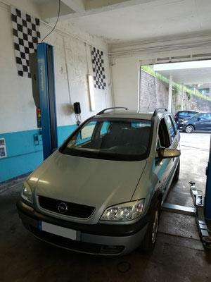 Révision complète : vidange filtres à huile/air/habitacle/carburant = -30% sur la filtration - Opel Zafira
