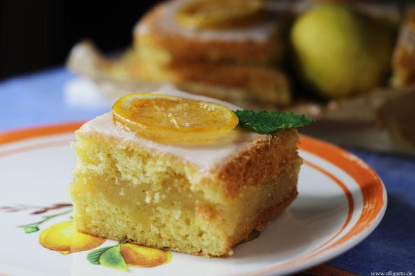 Saftiger Zitronenkuchen mit einer leckeren Zitronencreme ohne Milch.