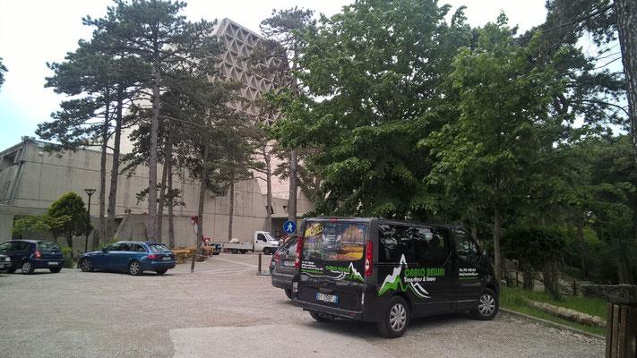 Gita al Santuario di Monte Grisa (Trieste) - noleggio pulmino 9 posti