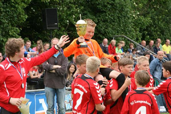 Jörn Ketelsen wurde zum Matchwinner für Langenhorn/Enge. Er parierte zwei Neunmeter.