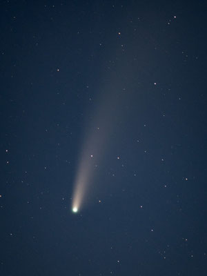 Close up capture of comet Neowise in summer 2020.