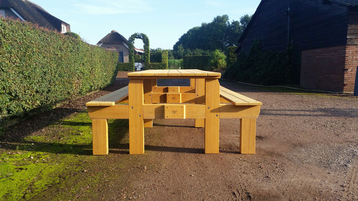 picknicktafel 270cm in bilinga 40 jaar oude brugdelen ontwerp madebycor