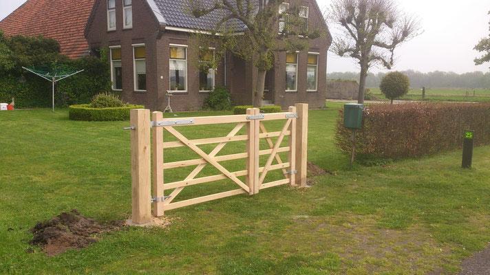 dubbel openslaande engelse poort met doorloop