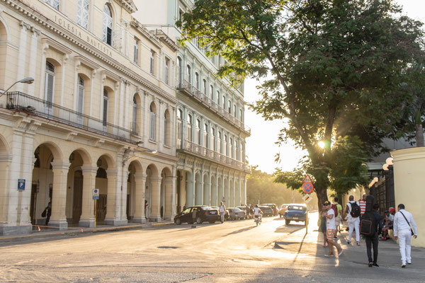 Ondergaande zon Havana