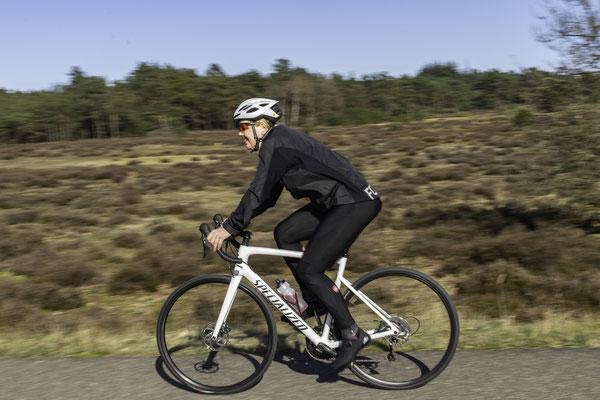 Mountainbiker op de Veluwe © fotograafminou.nl