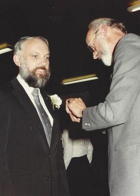 1984 Dirigent H.A. Ebbers wordt gehuldigd