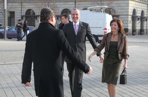 Kai Diekmann (Managing Editor BILD Zeitung), US Ambassador Philip D. Murphy, and Tammy Murphy