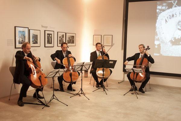 Celloquartett der Berliner Philharmoniker, v.l.n.r. David Riniker, Knut Weber, Martin Menking und Stephan Koncz