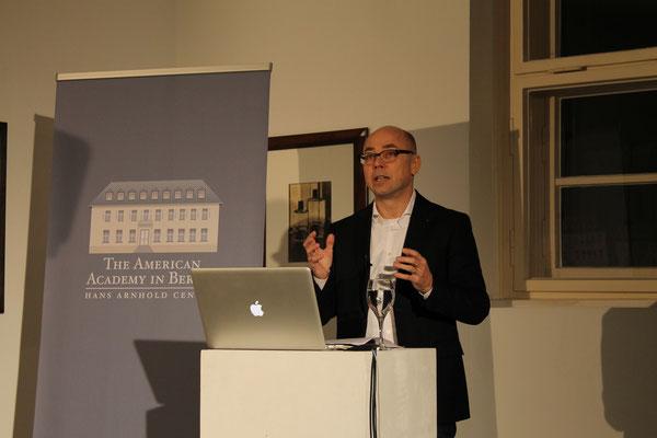 Einführung durch Prof. Dr. Thomas Rommel (American Academy)
