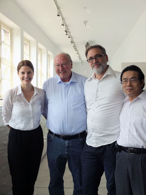Alina Heinze (Director of the museum), Thomas Billhardt, Jan Burghardt (CAMERA WORK), Duc Thang Nguyen