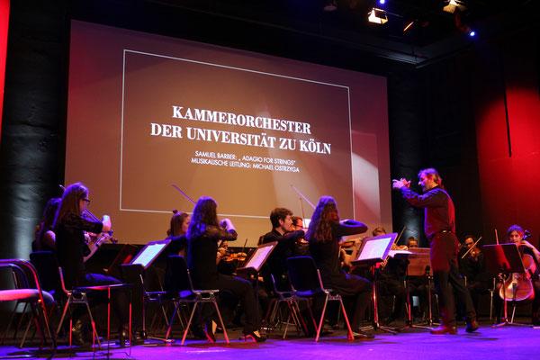 Eröffnungsstück des Kammerorchesters der Universität
