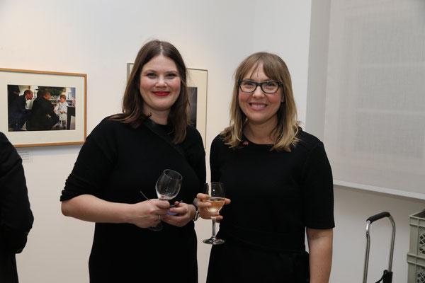 Wibke Reincke und Tanya Brothen (US-Botschaft Berlin)