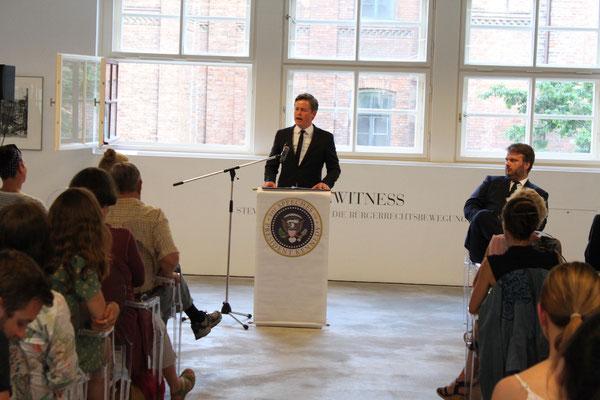 Caspar Phillipson während der Performance »The Speeches of President John F. Kennedy«