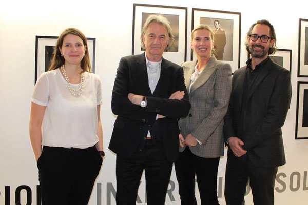 Alina Heinze (Director of the Museum THE KENNEDYS), Sir Paul Smith, Ute Hartjen and Benjamin Jäger (Executive board CAMERA WORK AG)