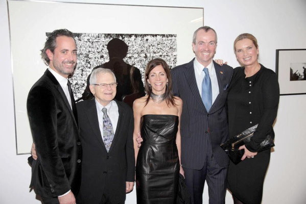 Benjamin Jäger (Vorstand CAMERA WORK AG), Steve Schapiro, Tammy Murphy, US-Botschafter Philip Murphy, Ute Hartjen (Vorstand CAMERA WORK AG)