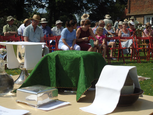 Gathering for communion
