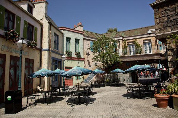 Universal Studios - Nice Town Square