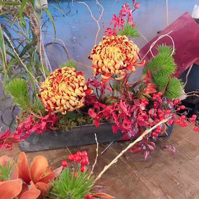 花材の位置と量と順番が勉強になるーー!