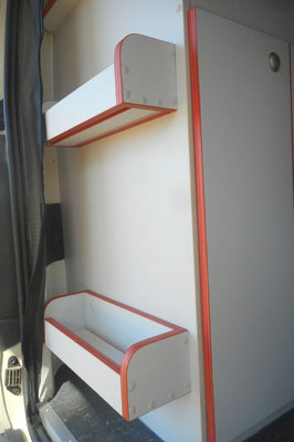 rear shelves with water drainage