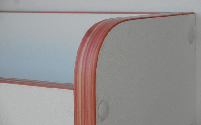 details from rear shelves