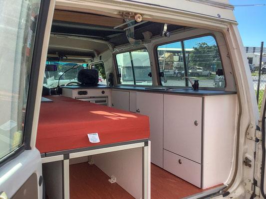 Landcruisier Camper for SOLO traveller