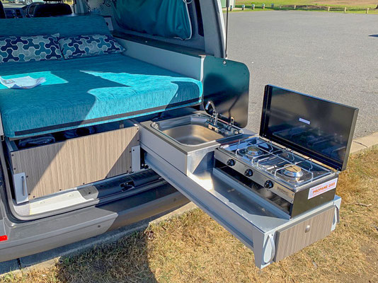verstaile kitchen drawer in VW Spalsh for easy cooking outside