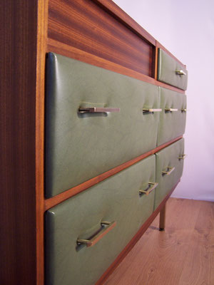 Commode coiffeuse R. Landault