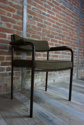 Joli fauteuil vintage des années 1960-70 tissu velours