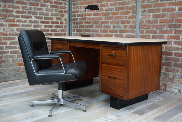 Bureau de direction en teck 1950