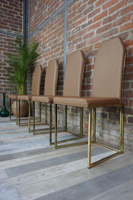 Série de 4 chaises Belgochrom, métal doré et simili