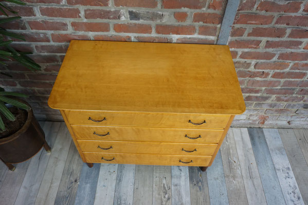 Commode en citronnier,  Italie 1960