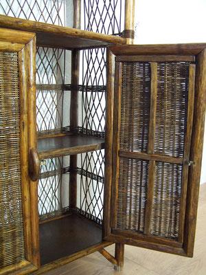 Etagère/ bibliothèque en rotin et osier