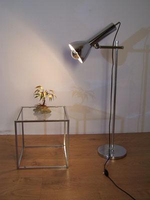 Grande lampe à poser vintage et chromée