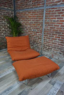Fauteuil lounge et son ottoman design Pascal Mourgue modèle Câlin pour Cinna