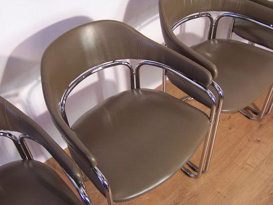 Chaises 1970