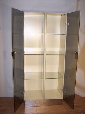 ancienne armoire,vitrine médicale