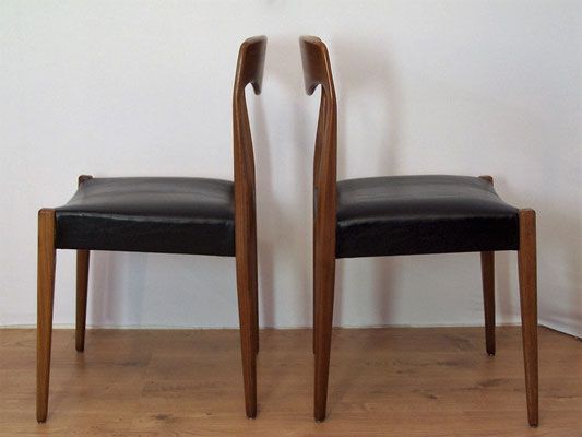 Suite de 6 chaises scandinaves Niels Otto Moller