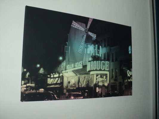 Moulin Rouge, Filter: Rainbow, 60x40cm