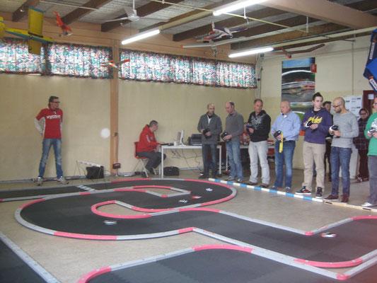 Mini-Z indoor racing