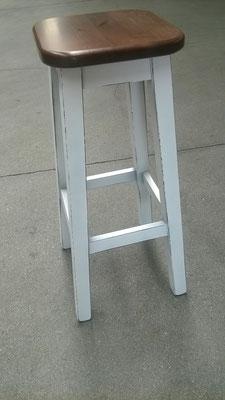 art.8900 sgabello quadro sedile noce gamba tinta bianco