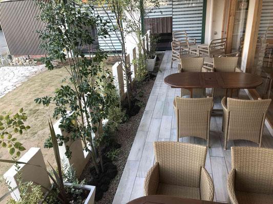 CAFE(カフェ)のお庭(植栽)