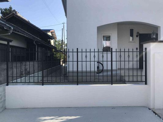 高さ1.2mの鋳物フェンス