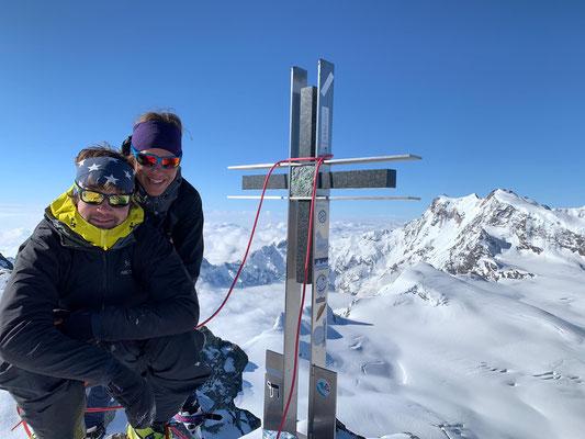Gipfelglück auf dem Strahlhorn