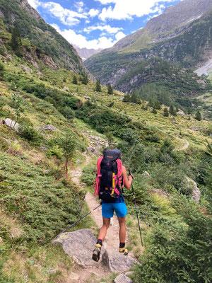 langer Abstieg zurück ins Urbachtal