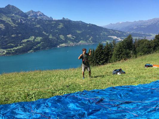 Hike & Fly in Interlaken