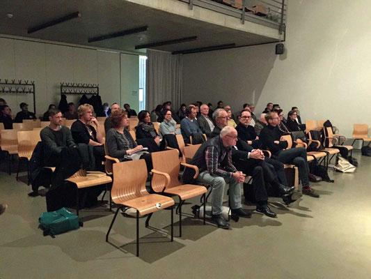 Das Publikum wurde in die Diskussion mit einbezogen.
