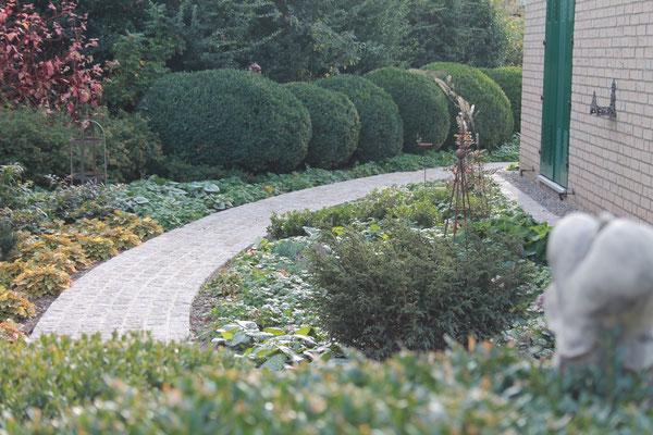 Wir freuen uns, wenn Ihr Weg zu Hennings Gartenbau nach Vierhusen führt!