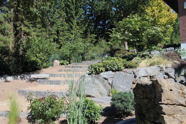 Herzlich willkommen bei Hennings! Gartenbau und Landschaftbau.