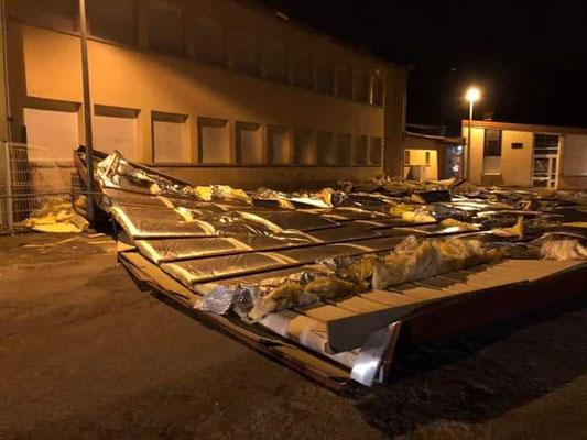 toit au sol  d'une école à Saint-Die-des-Vosges (88)